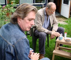 Wim Brands, hier op bezoek bij A.L.Snijders in Lochem