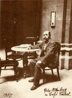 Peter Altenberg in het Café Central, zijn stamcafé