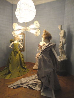Vivienne Westwood drapeert, jaren '70
